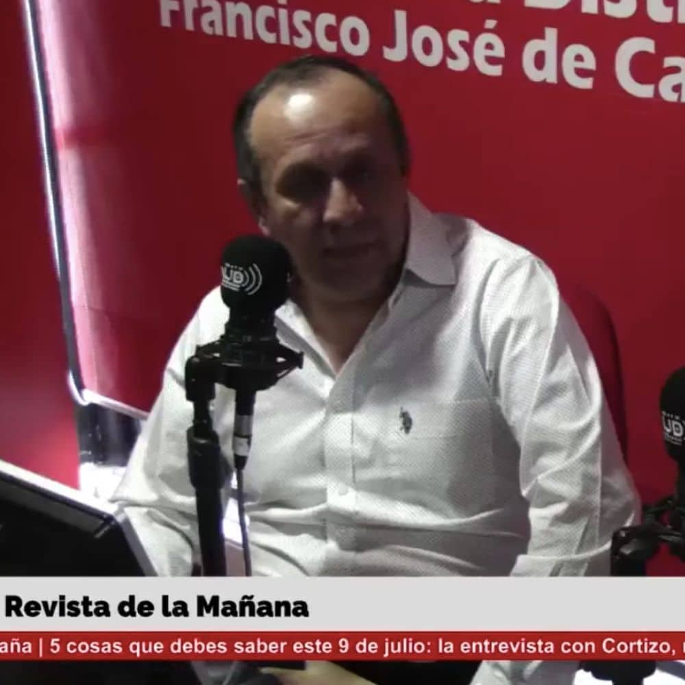 Marco Robayo y Houscript en entrevista con la emisora de la Universidad Distrital